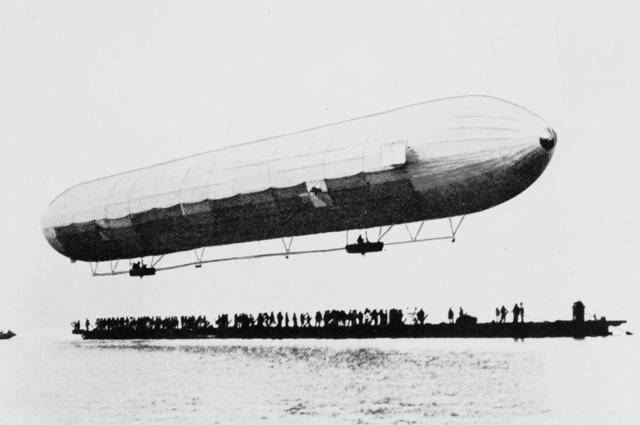 Воздушный корабль Цеппелина 1