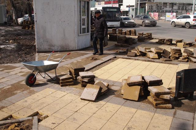 Ремонтные работы начались сразу после схода снега.