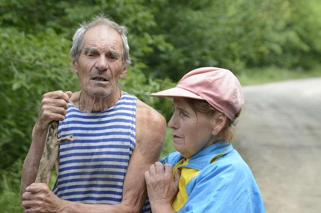 Эту пожилую пару, заблудившуюся в лесу, нашли пензенские спасатели.