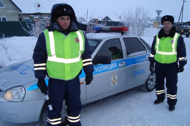 Полицейские пытались максимально быстро оказать помощь.