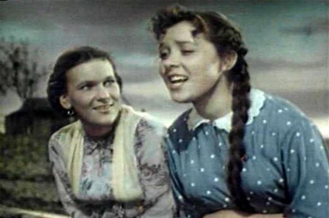 Светлана Карпинская в фильме «Поддубенские частушки», 1957 г.