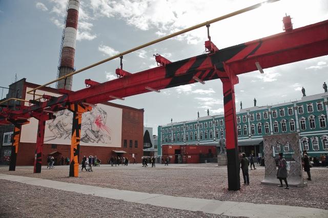 Новая экспозиция в музее посвящена революции.