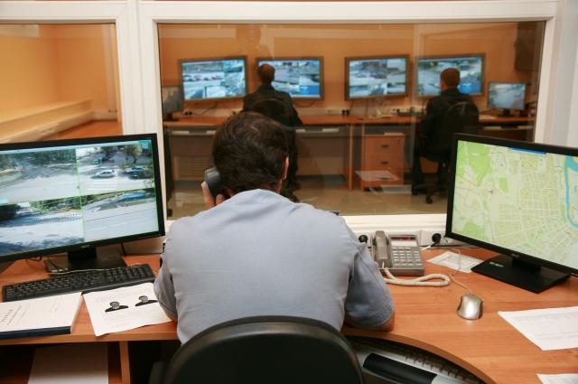 Раскрывать преступления помогают и видеокамеры.