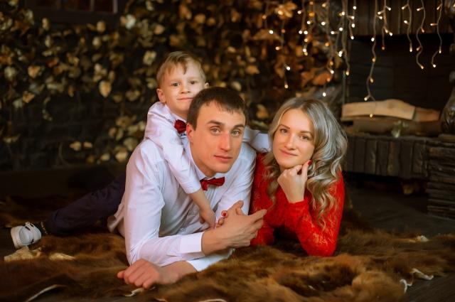 Счастливая семья Оксаны готовится к новоселью в доме «На Малиновского».