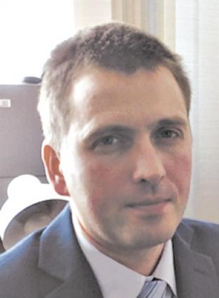 Анатолий Маклаев