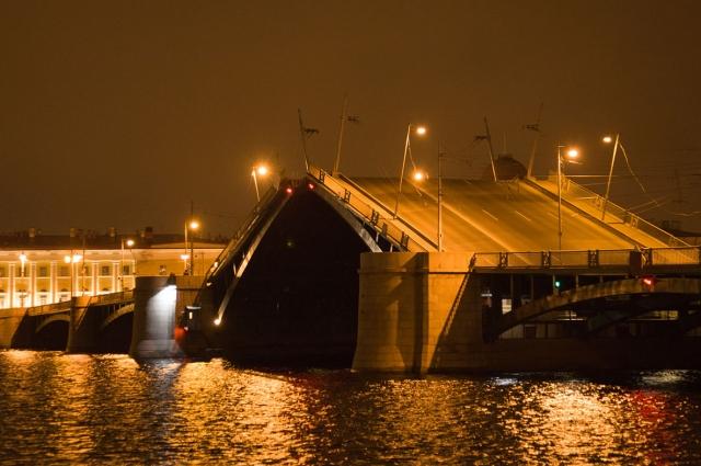 Створы мостов будут подниматься под музыку Каравайчука.