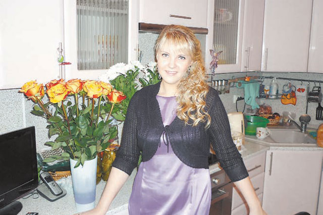 Два балкона, тринадцатиметровая кухня - тесниться, как прежде, семье Александры Романовой не приходится.