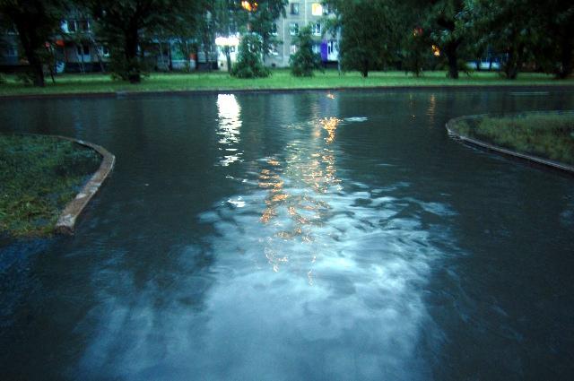 Затопленные улицы.