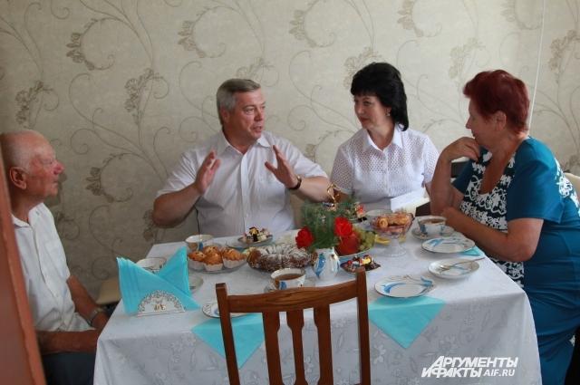 Григорий Нестерович и Мария Семёновна Ульченко переехали из МПС год назад.
