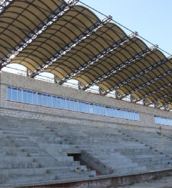 Спортсмены с нетерпением ждут обновлённый бежицкий стадион.