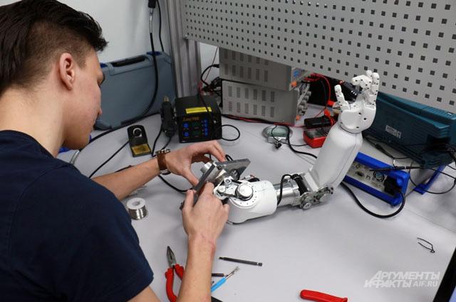 Умные обои изобрели студенты и учёные кафедры Автономные робототехнические системы Высшей школы информационных технологий КФУ