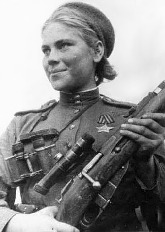 На счету Розы Шаниной 75 немцев