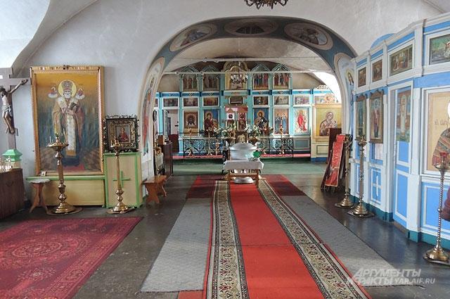 Храма мучеников Флора и Лавра.
