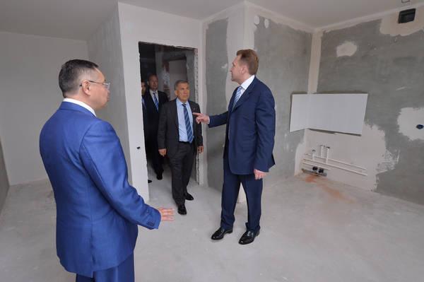 Игорь Шувалов в Казани осмотрел квартиры площадью 20 кв.м.