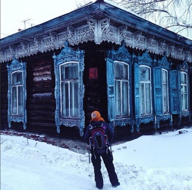 Мариинское городское поселение включено в категорию «Монопрофильные муниципальные образования Российской Федерации (моногорода), в которых имеются риски ухудшения социально-экономического положения»