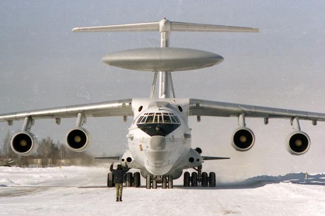 А-50 заходит на посадку