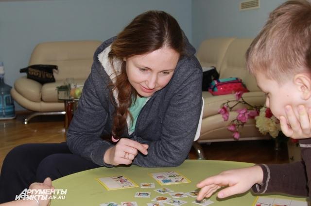 Виктория Ча считает, что домашнее обучение особенно подойдёт многодетным семьям.