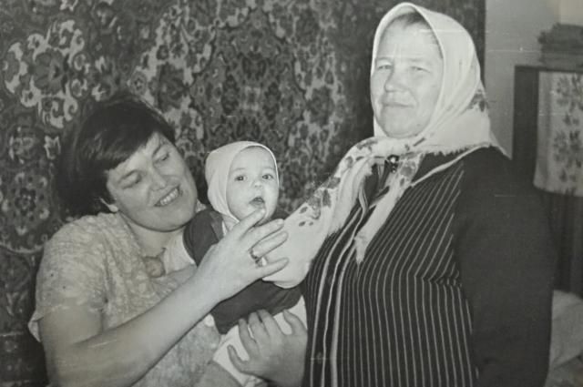 Александра Крючкова. Семейное фото.