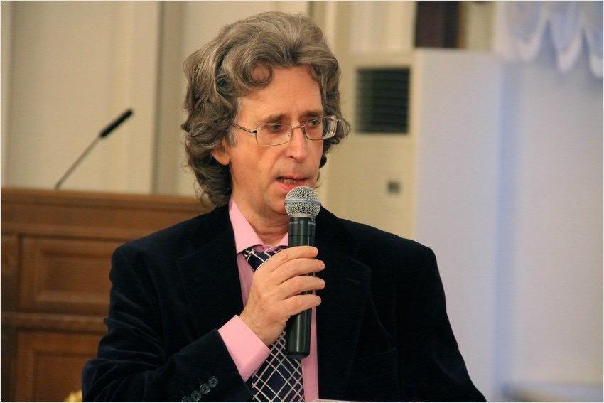 Эдуард Трескин часто выступает в КФУ.