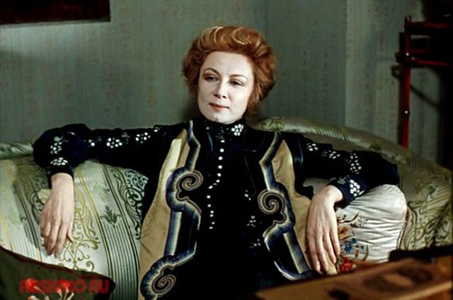 Алла Демидова в роли Лоры Лайнс. «Приключения Шерлока Холмса и доктора Ватсона», «Собака Баскервилей», 1981 год.