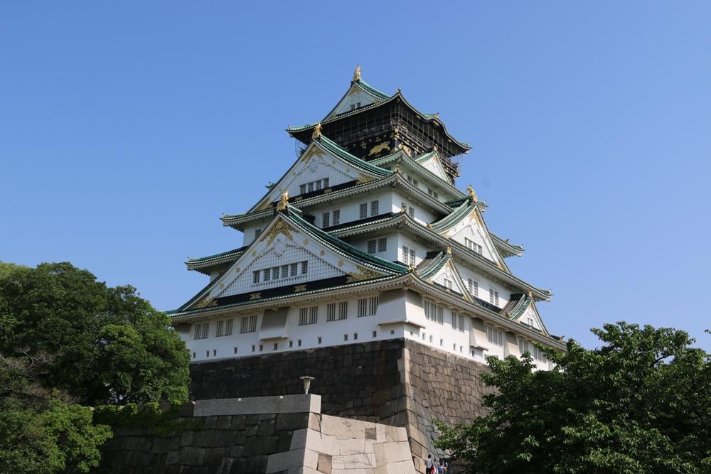 Замок в Осаке.