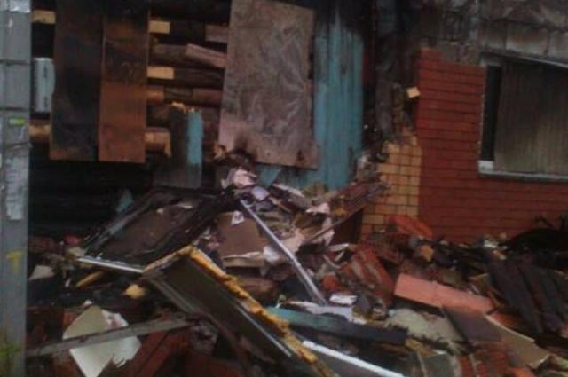 Дом восстановить невозможно - выгорели все деревянные конструкции