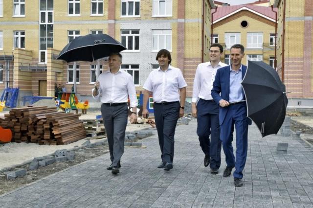 Александр Моор выразил надежду, что все местные дошкольники будут посещать новый детский сад