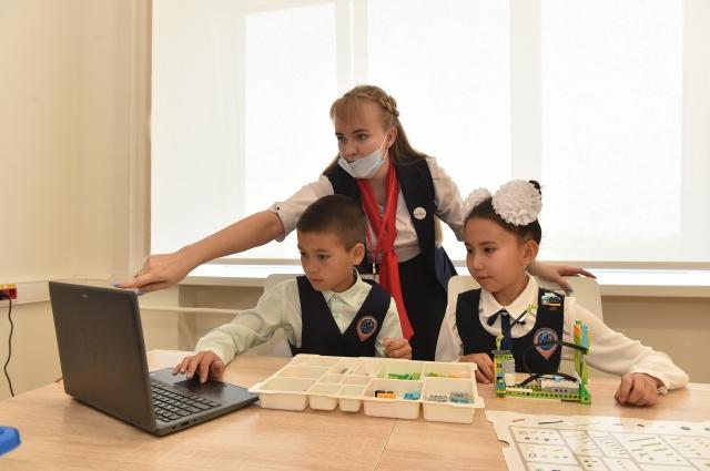 Каждый год дополнительные компетенции и навыки будут получать более 14 тысяч школьников из Прикамья.