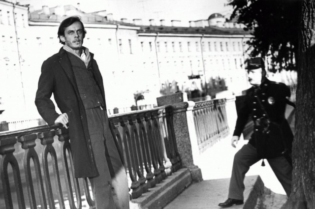 Кадр из экранизации произведения Достоевского.