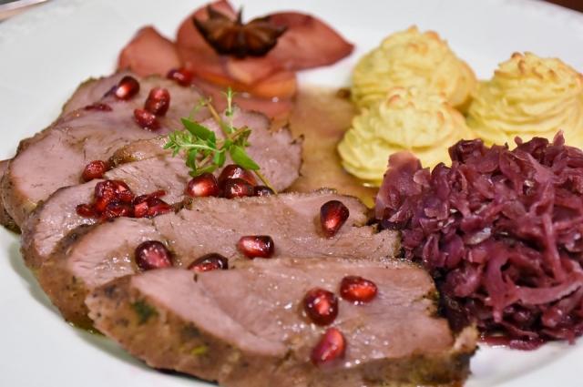 Маринад из граната делает мясо особенно сочным.