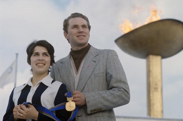 Чемпионы Олимпиады в Саппоро в фигурном парном катании Ирина Роднина и Алексей Уланов, 1972 год