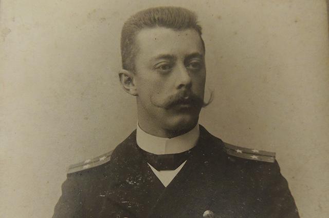 Александр Рыков был морским офицером