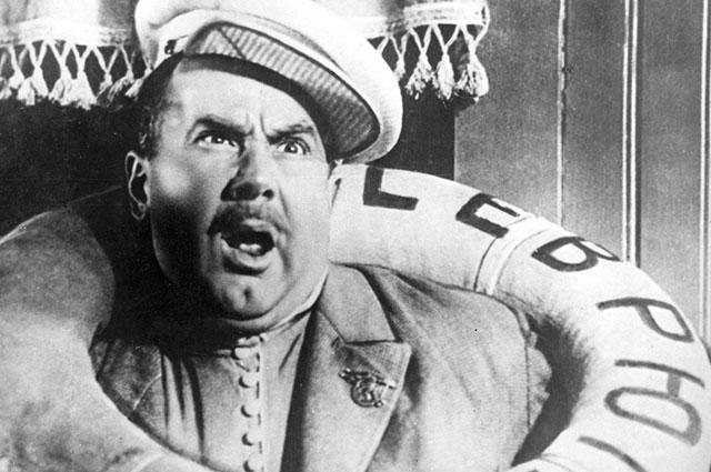 Игорь Ильинский в фильме «Волга-Волга» (1938).