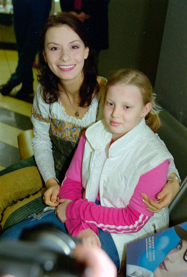 Ирина с дочерью Машей.
