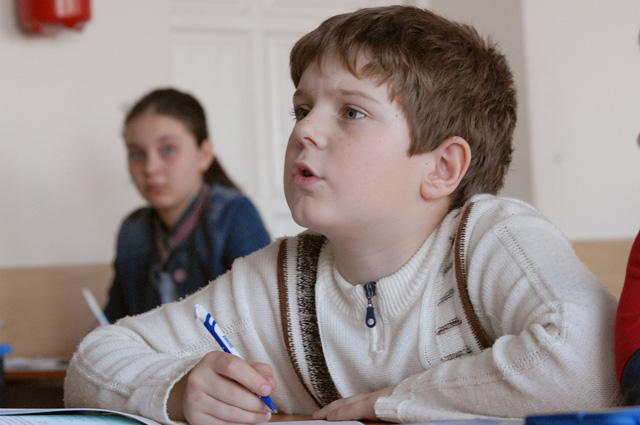 Завоевать доверие ребёнка и увлечь его учёбой - главное для любого педагога.