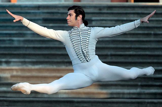Солист Большого театра Николай Цискаридзе на гала-концерте «Борис Эйфман и звезды балета»