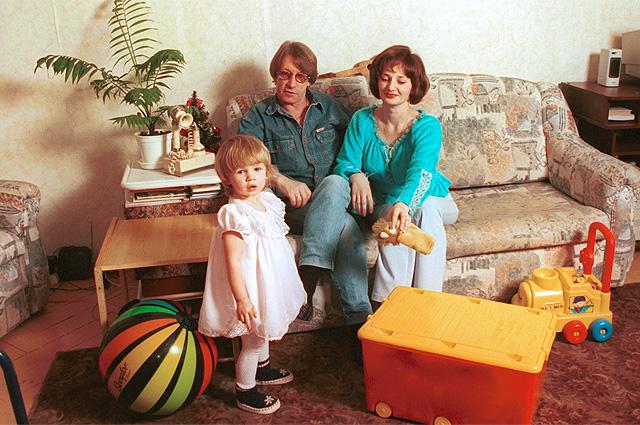 Александр Кавалеров с семьей.