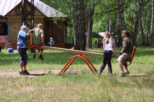 детские площадки Первого сезона в детских лагерях не будет из-за коронавируса.