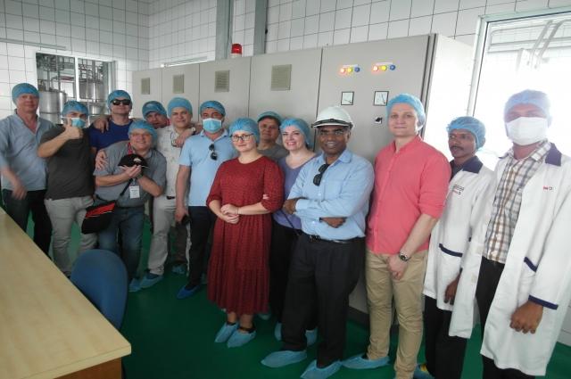 Участники конференции на побывали перерабатывающем производстве.