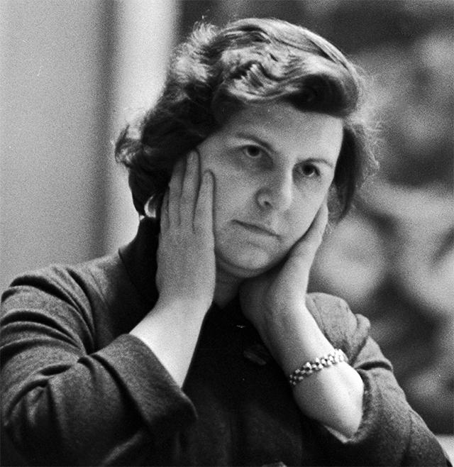 Советский нейрофизиолог Наталья Бехтерева. 1966 год.