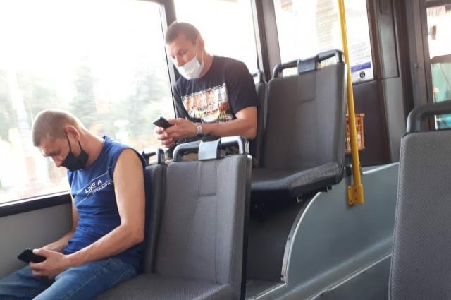 В тюменском автобусе.