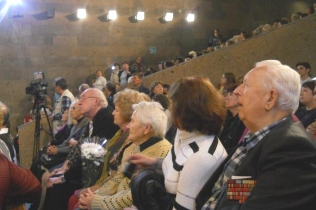 Почитателей таланта Деменьева набралось так много, что кинозал «Публички» не смог вместить всех зрителей.