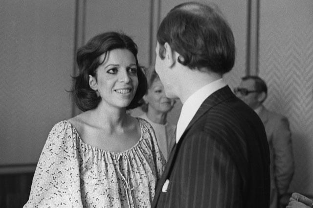 Кристина Онассис во время бракосочетания с Сергеем Каузовым, август 1978 г.