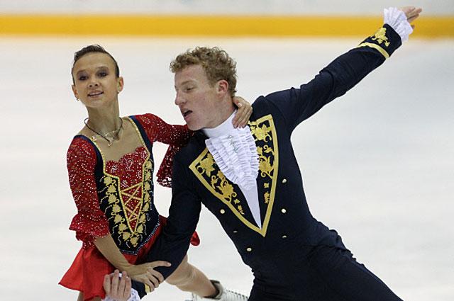 Любовь Илюшечкина и Нодари Маисурадзе с короткой программой на открытых контрольных прокатах сборной России по фигурному катанию. 2011 год