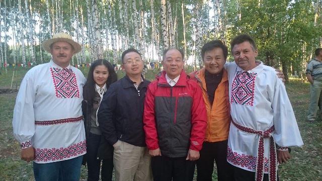 Белорусы дружат со всеми народами
