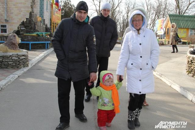 В ПВР Спутник беженцы воспитывают детей и привыкают к мирной жизни
