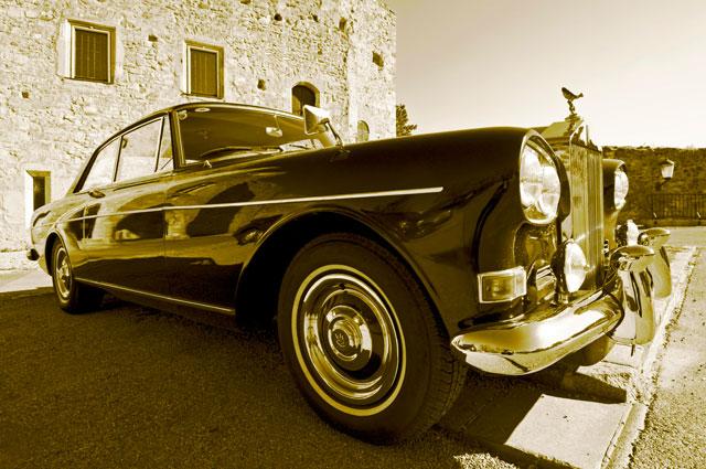 Rolls-Royce Silver Cloud.