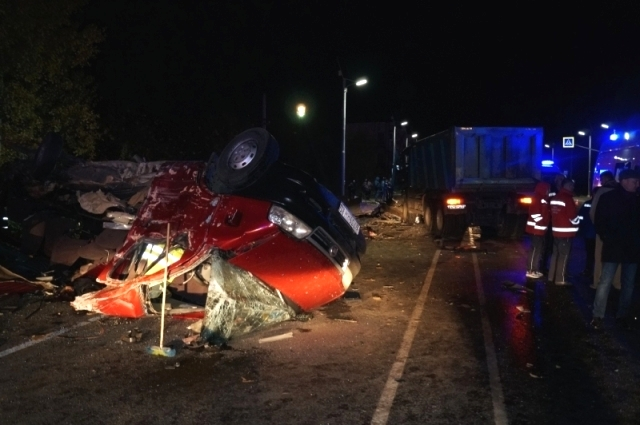 В ДТП погибли 12 пассажиров автобуса.