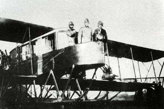 Игорь Сикорский на самолёте Русский витязь, 1915 год
