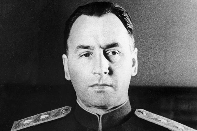 Алексей Антонов.
